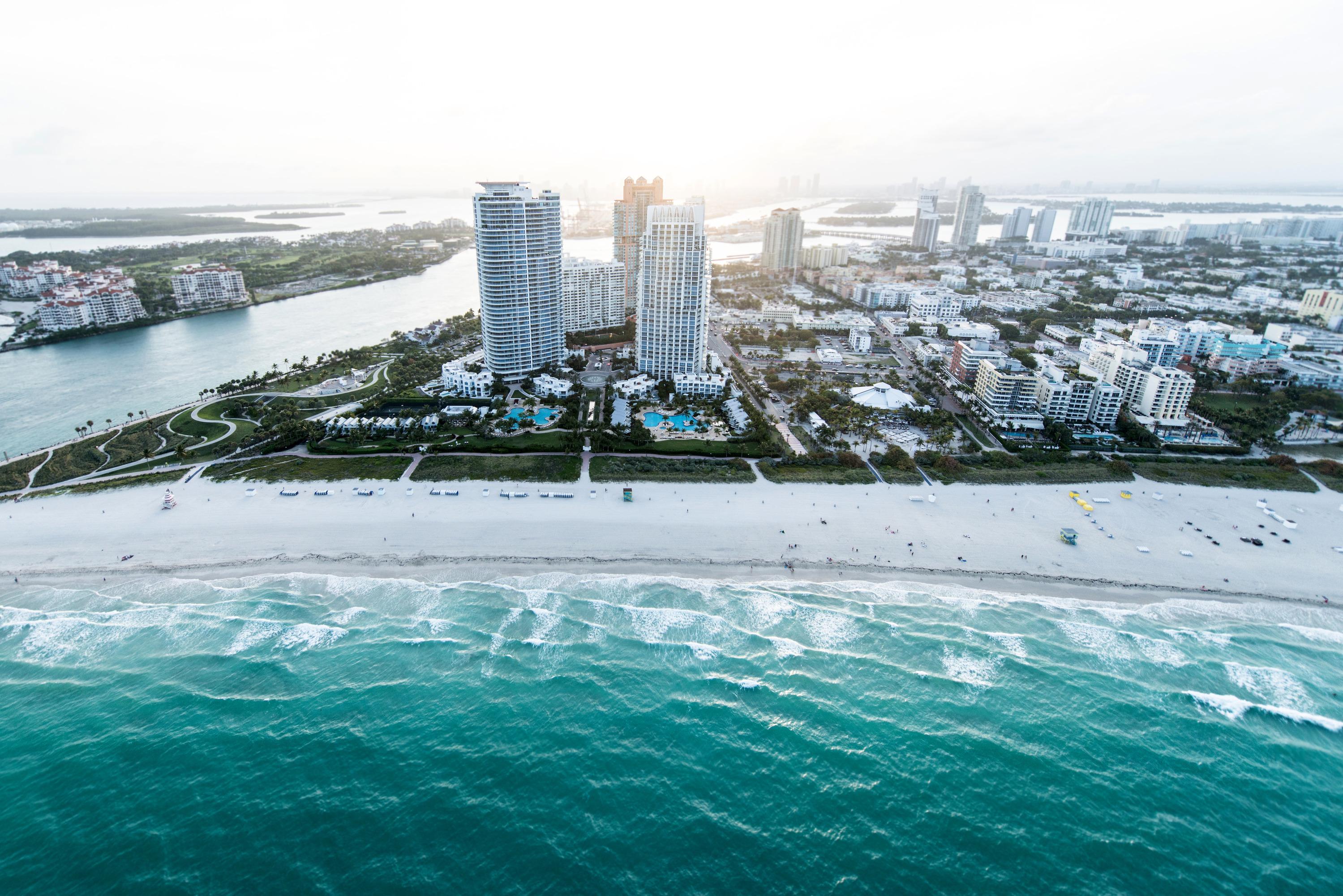 Charter a Private Jet to Miami, FL