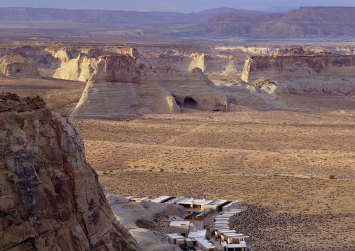 Charter a Private Jet to Amangiri with RYL